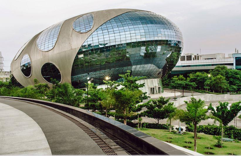 modern architectural buildings in India