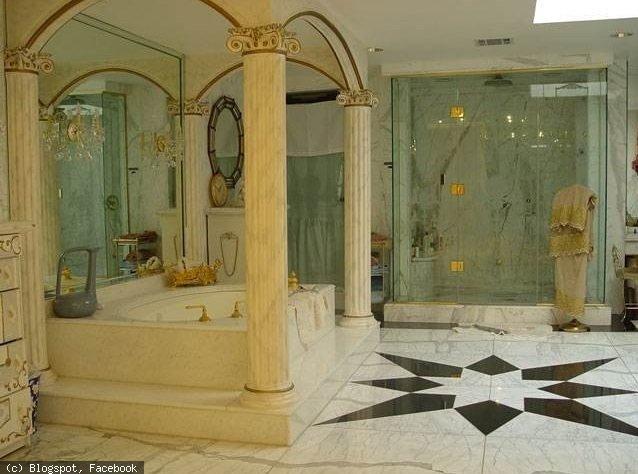 shahrukh's bathroom